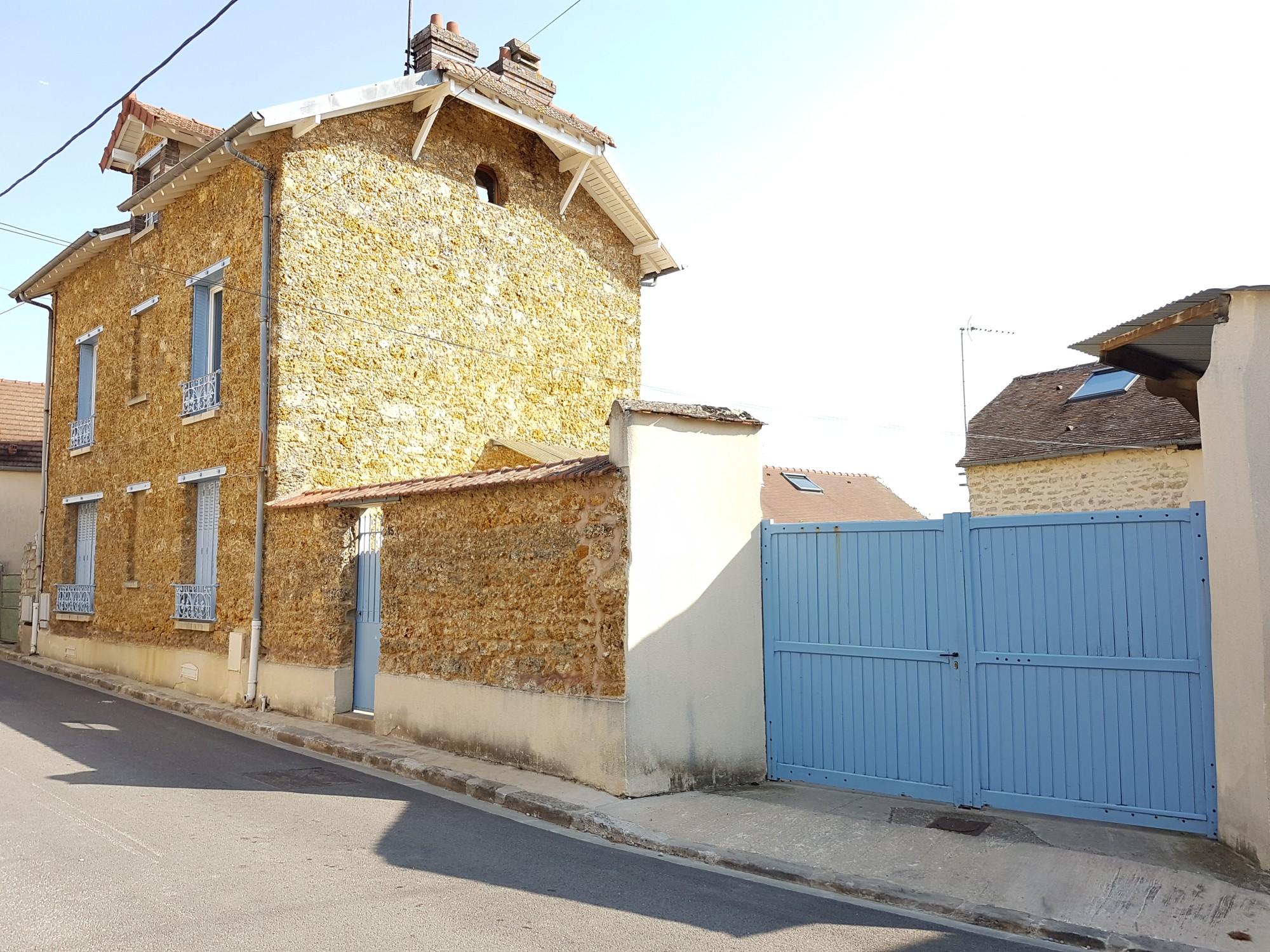 Location maison BOUAFLE