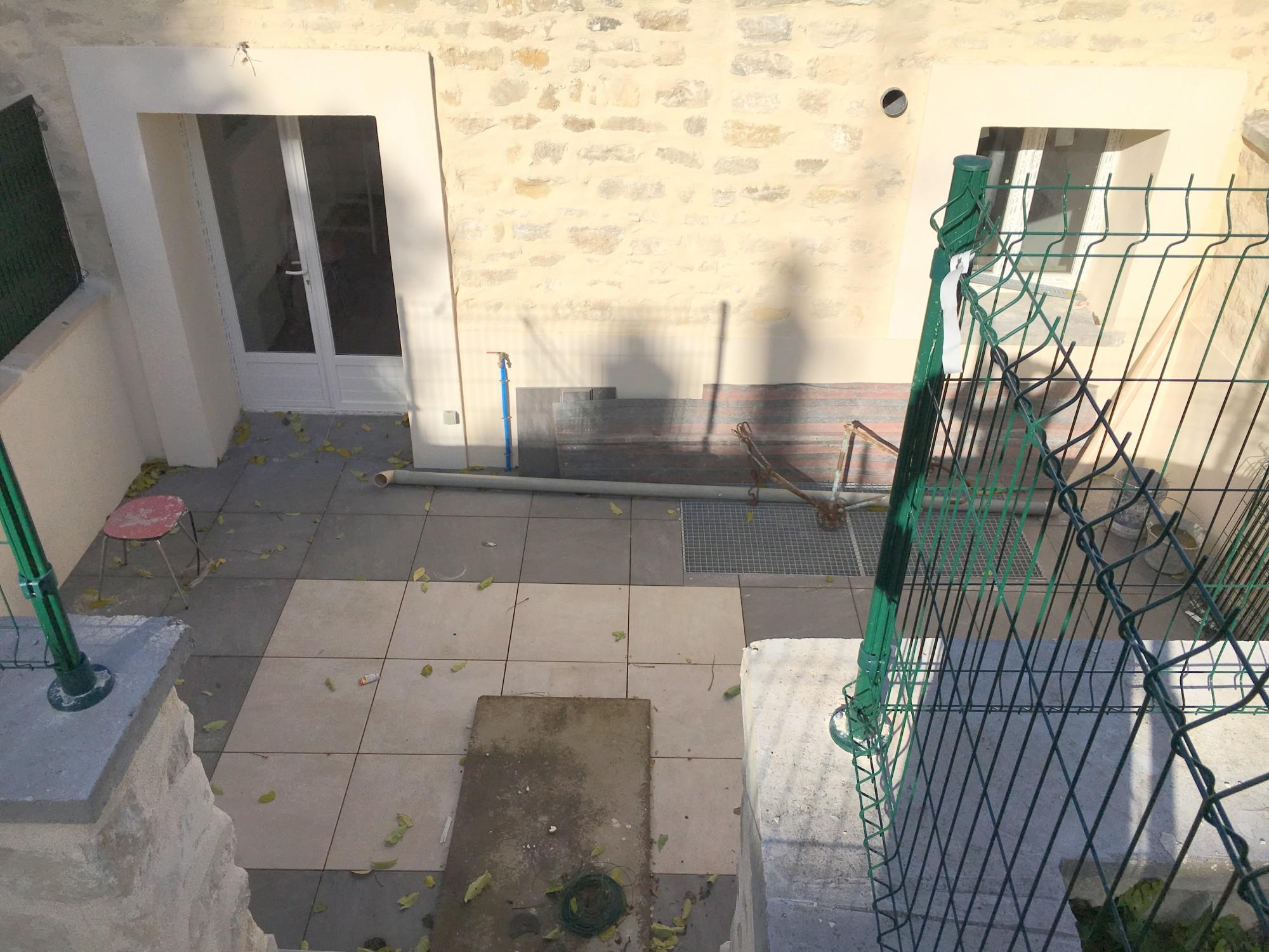 Location Location et Gestion d'une maison T5 BOUAFLE Exposée plein SUD