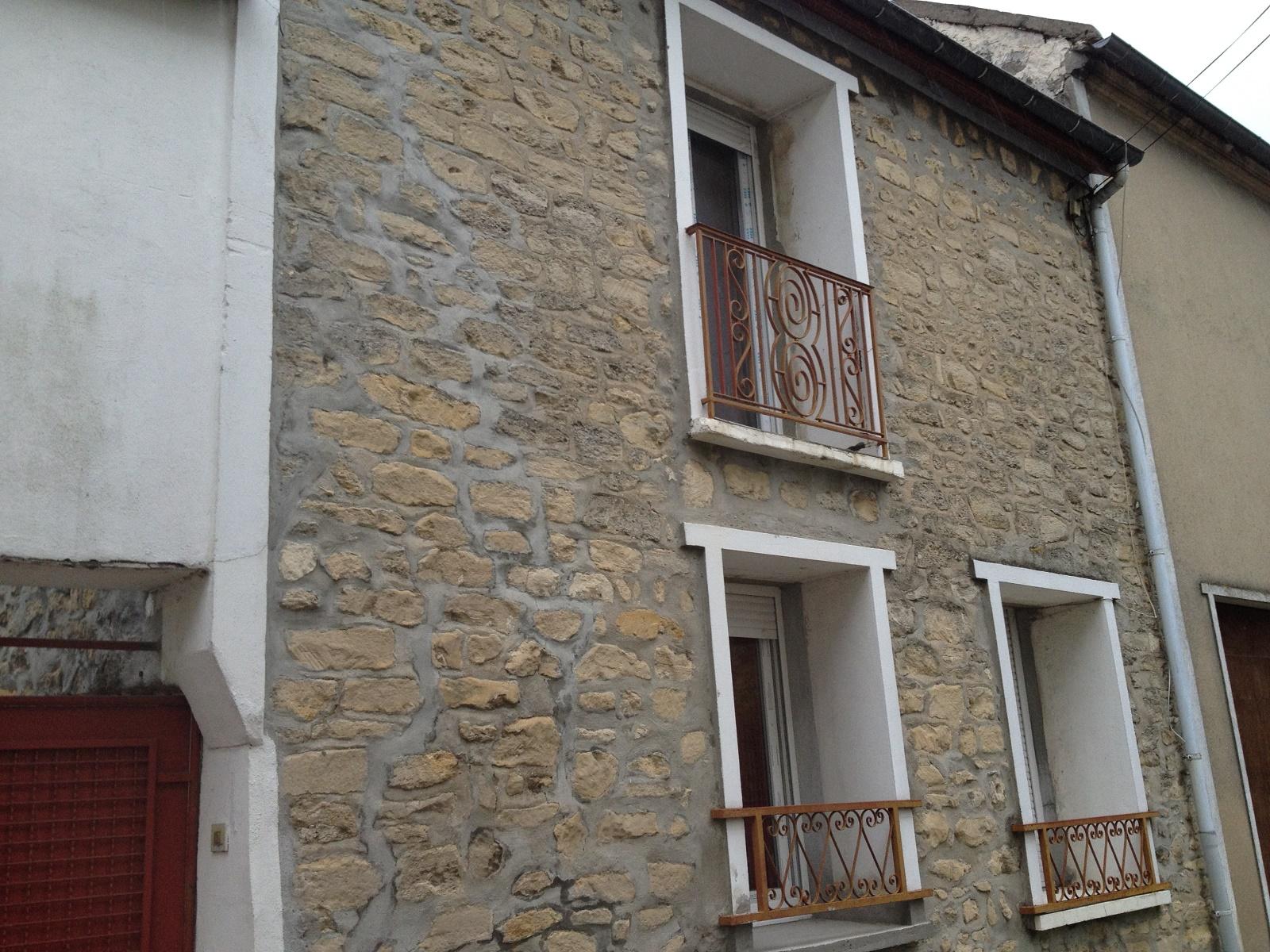 Maison en pierres carla de roquefort vendre petite maison for Acheter une maison construite par un particulier