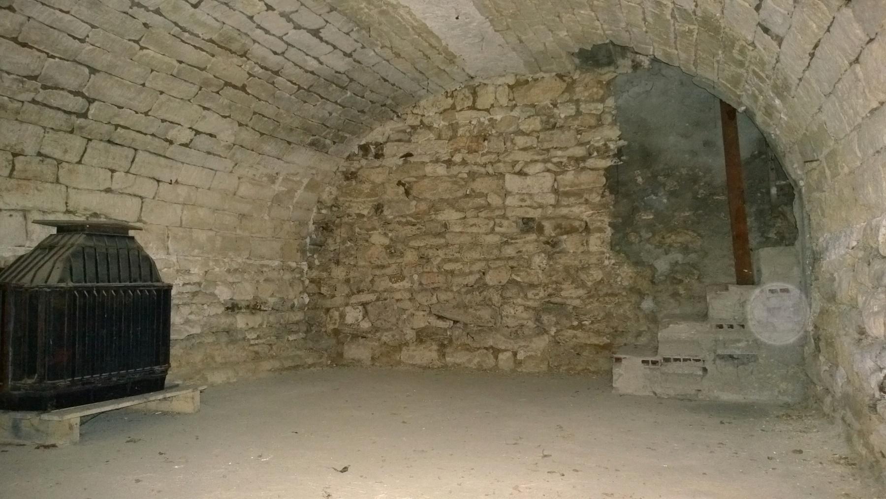 Ventes maison de ville r nover t1 f1 bouafle charme de for Loft a renover region parisienne
