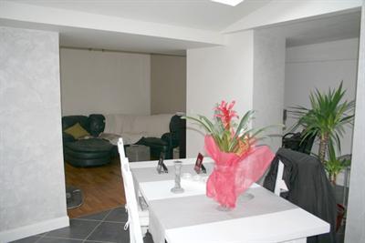 recherche une maison en pierre 3 chambre proche de paris