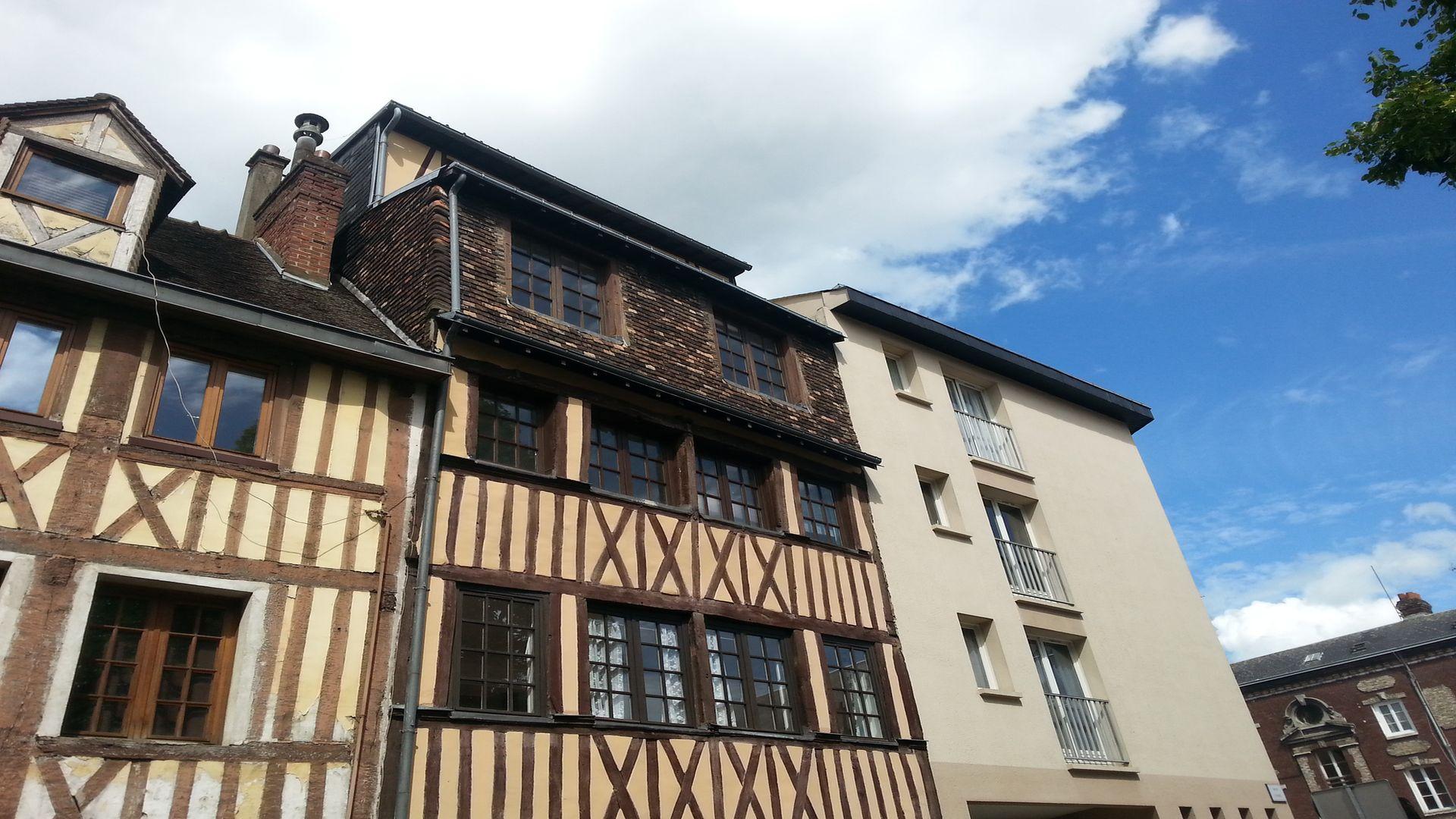 Maison ancienne colombage en vente elbeuf 76500 for Site vente appartement