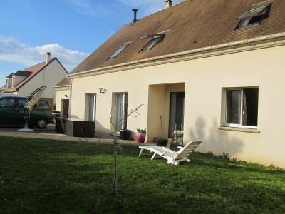 Maison familiale  T9 Epone 240m2
