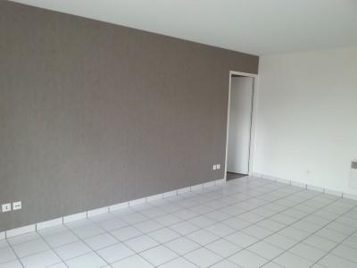 Appartement F2 bis proximité Métro Joffre